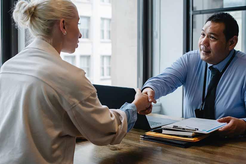 Conoce las obligaciones del patrón al momento de contratarte